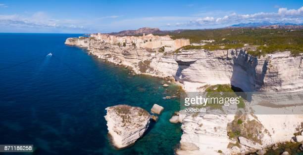stadt von bonifacio auf korsika, luftbild - corsica stock-fotos und bilder
