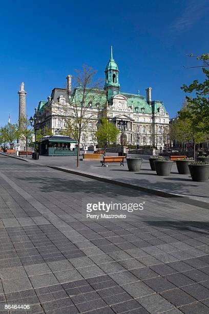 town square and place jacques cartier, old montreal, montreal, quebec, canada - place jacques cartier stock pictures, royalty-free photos & images