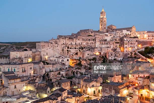 town with cave dwellings, sasso barisano, sassi di matera, matera, basilicata, italy - matera stock photos and pictures
