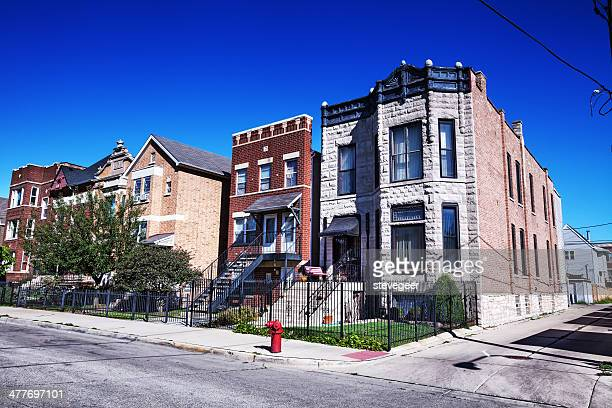 townhouses in a chicago neighborhood - south stock pictures, royalty-free photos & images