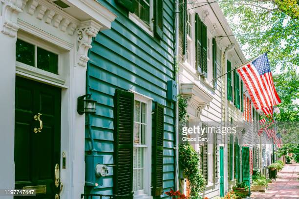 townhouses in alexandria, virginia - alexandria stock pictures, royalty-free photos & images