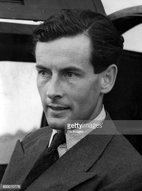 Townsend who was barred from marrying Princess Margaret in the 1950s died on aged 80 the British Embassy in Paris