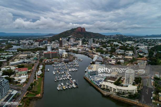 townsville city - queensland stock-fotos und bilder