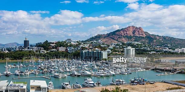 townsville marina - townsville australia fotografías e imágenes de stock