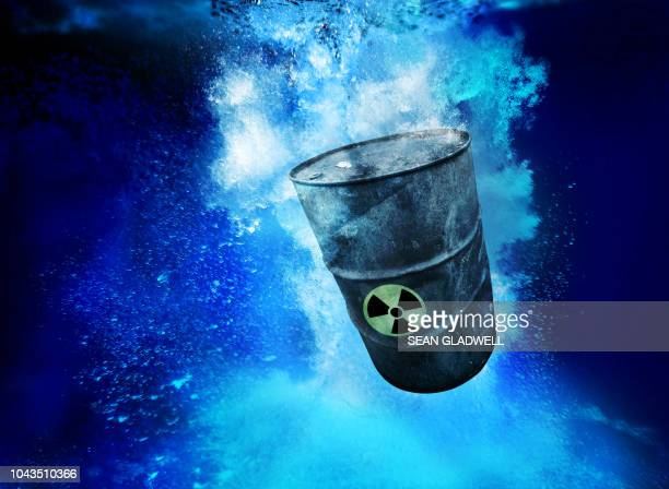 toxic waste barrel - radioactive contamination stock pictures, royalty-free photos & images