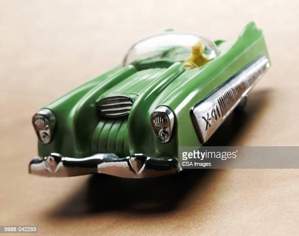toy car - objet vert photos et images de collection