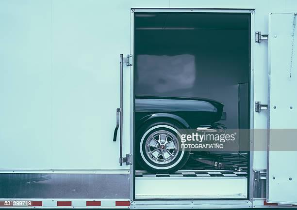 juguete en una caja - ford mustang fotografías e imágenes de stock