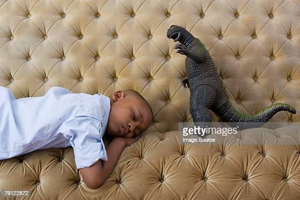 トーイモンスターと boy sleeping - scary monster ストックフォトと画像