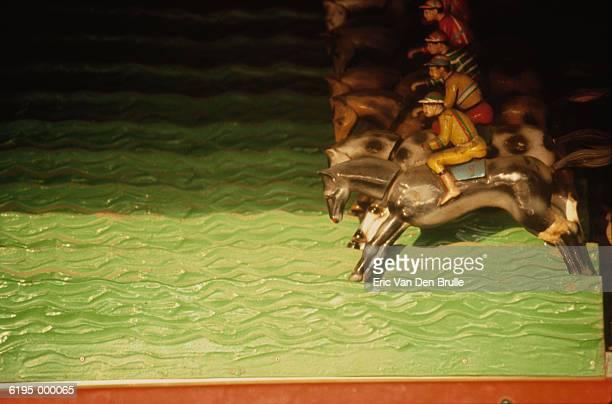 toy race horses - eric van den brulle foto e immagini stock