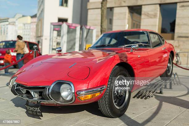 toyota 2000gt 1967 - toyota motor co stock pictures, royalty-free photos & images