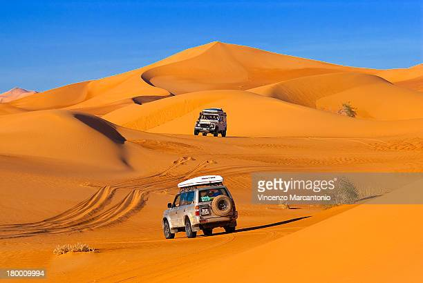 CONTENT] Toyota and Land Rover Defender into the Ubari dunes
