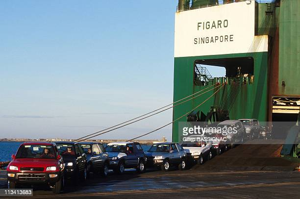 Toyota Cars Coming From Japan At Cherbourg Harbor On January 9th, 1998 - In Cherbourg,France