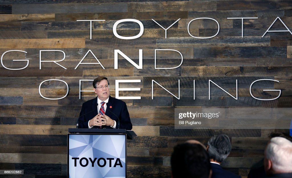 Toyota CEO Unveils New North America Engineering Headquarters In Kentucky