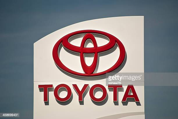 toyota dealership sign - toyota motor co stock pictures, royalty-free photos & images