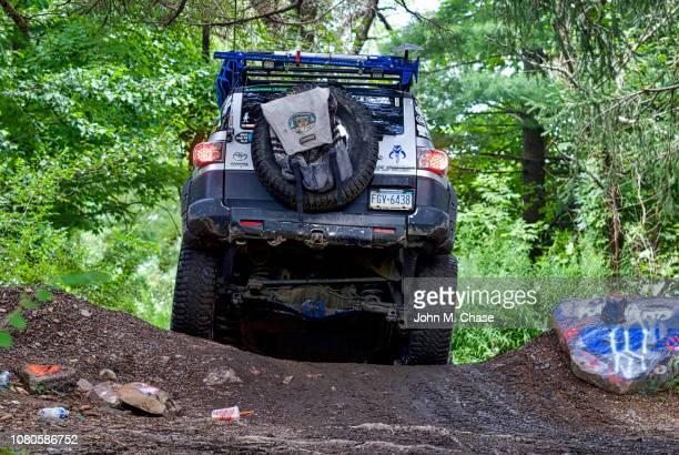 toyota fj cruiser 4x4 off-roading - centralia pennsylvania foto e immagini stock