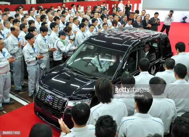 Toyota Motor Co's new taxi vehicle 'JPN Taxi' line off ceremony at Toyota Motor Co's East Japan Higashi Fuji factory on November 1, 2017 in Susono,...