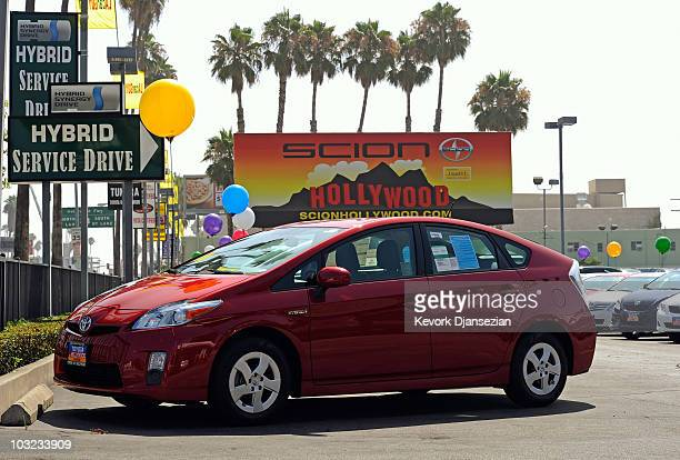 Toyota Prius hybrid cars are displayed at the Toyota of Hollywood dealership on August 4 2010 in Hollywood California The automaker reported today a...