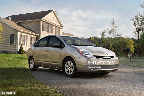 2006 Toyota Prius in Driveway