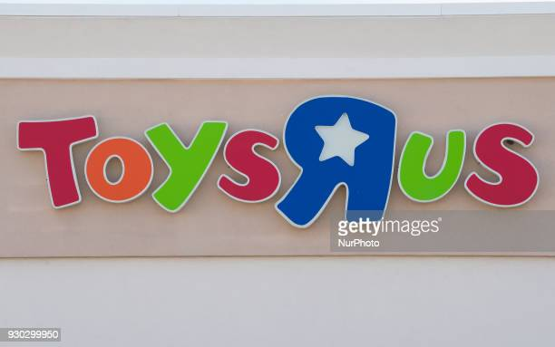 Toys R Us Stock Photos And Pictures Getty Images