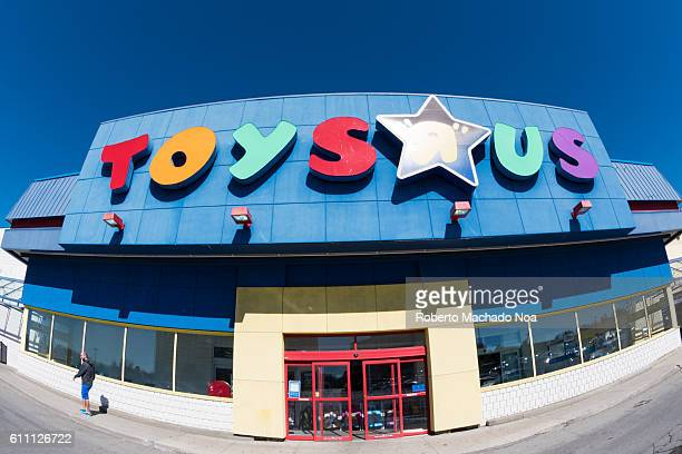 Toys R Us store facade in daytime Toys 'R' Us Inc is an American toy and juvenileproducts retailer founded in 1948 and headquartered in Wayne New...