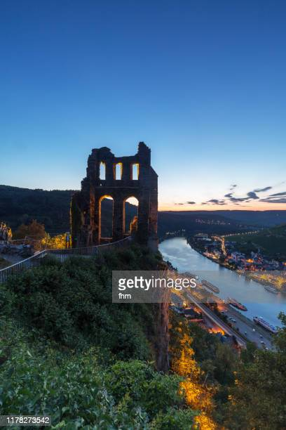 traben-trarbach with ruin of the grevenburg at blue hour (rhineland-palatinate, germany) - moselle stock pictures, royalty-free photos & images