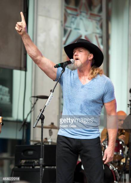 Trace Adkins performs during 'FOX Friends' All American Concert Series outside of FOX Studios on August 1 2014 in New York City