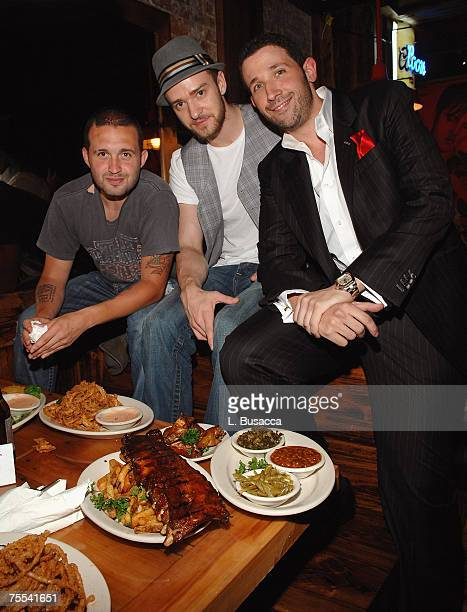 NEW YORK JULY 18 Trace Alaya Justin Timberlake and Eytan Sugarman during the grand opening of Southern Hospitality on July 18 2007 in New York City