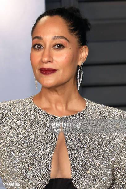 Tracee Ellis Ross attends the 2018 Vanity Fair Oscar Party hosted by Radhika Jones at the Wallis Annenberg Center for the Performing Arts on March 4...