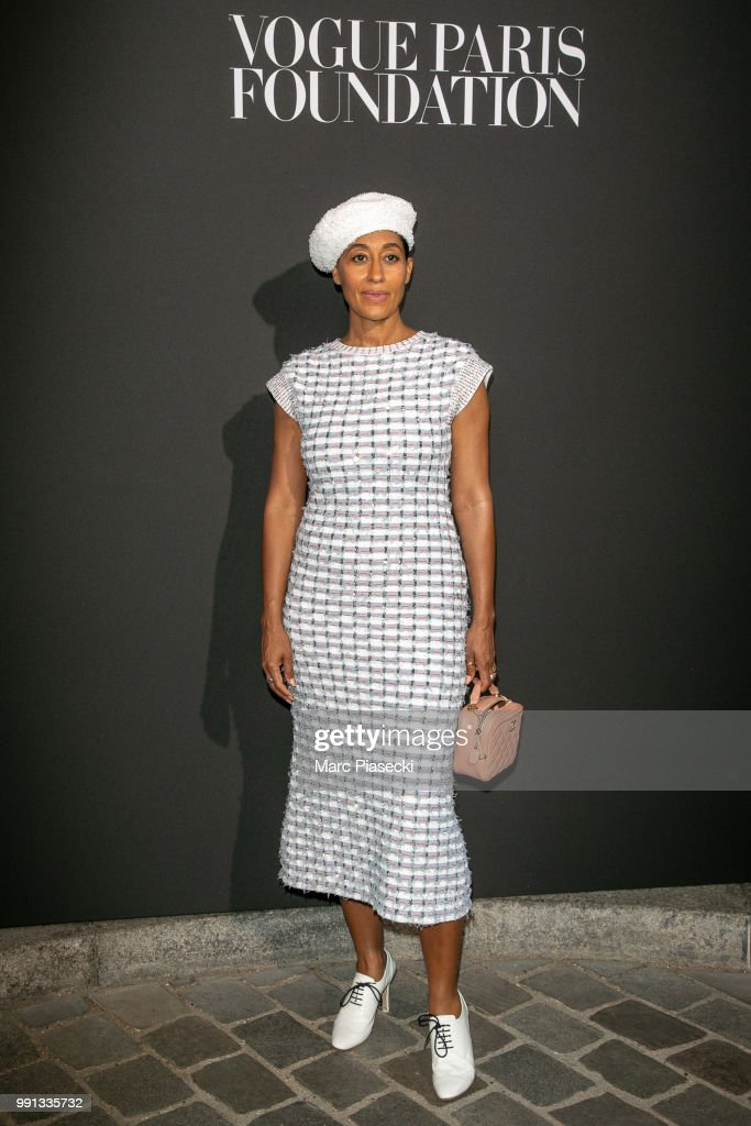 tracee-ellis-ross-attends-the-vogue-foundation-dinner-photocall-as-picture-id991335732