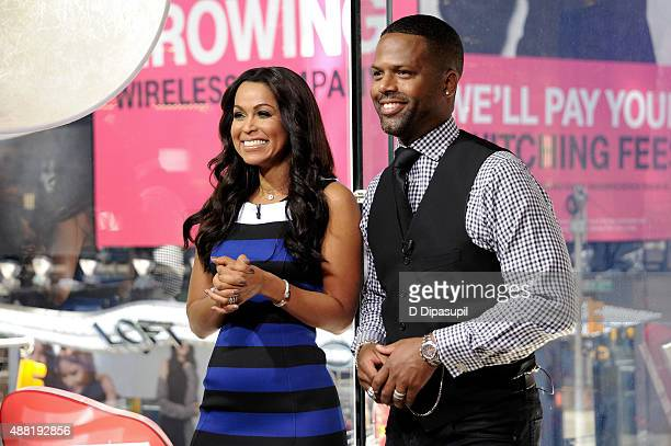 "Tracey Edmonds co-hosts ""Extra"" with correspondent AJ Calloway at their New York studios at H&M in Times Square on September 14, 2015 in New York..."