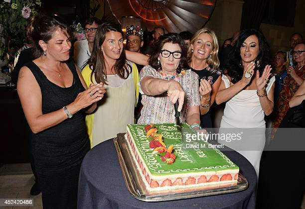 Tracey Emin Kate Esqulant Sandra Esqulant landlady of The Golden Heart Sarah Esqulant Giles and Nancy Dell'Olio attend the a party celebrating the...
