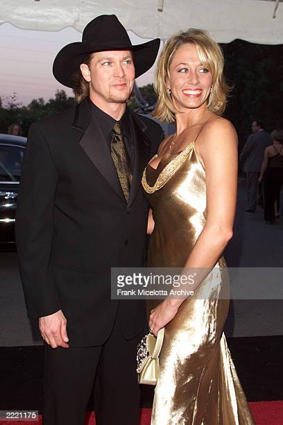 Tracey Lawrence and his wife arrive for the 34th Annual CMA Awards at the Grand Old Opry in Nashville TN 10/4/00