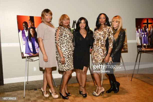"Traci Braxton, Evelyn Braxton, Toni Braxton, Towanda Braxton and Tamar Braxton arrive at the world premiere screening of ""Twist Of Faith"" at Stephen..."