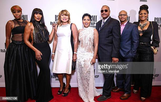 Traci Braxton, Towanda Braxton, Evelyn Braxton, Toni Braxton, Michael Braxton Sr., Michael Braxton Jr. And Trina Braxton attend the 2016 BMI R&B Hip...
