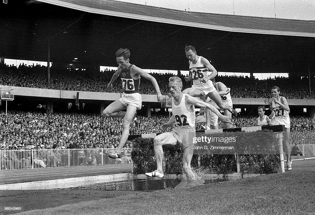 Track & Field, 1956 Summer Olympics : News Photo