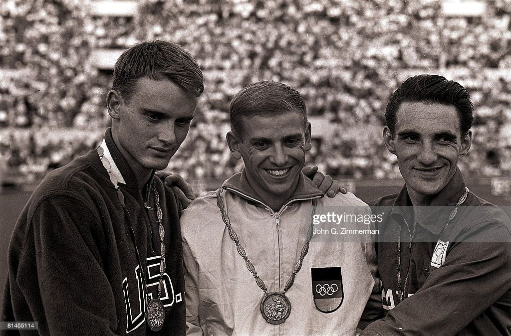 USA David Sime, DEU Armin Hary, and GBR Peter Radford, 1960 Summer Olympics : ニュース写真