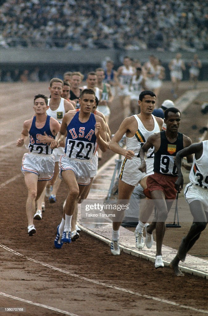 USA Billy Mills, 1964 Summer Olympics : News Photo