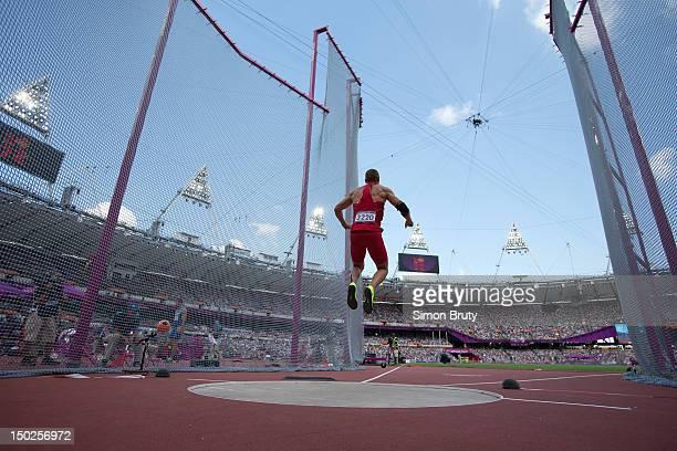Summer Olympics: USA Trey Hardee in action during Decathlon Discus Throw at Olympic Stadium. London, United Kingdom 8/9/2012 CREDIT: Simon Bruty