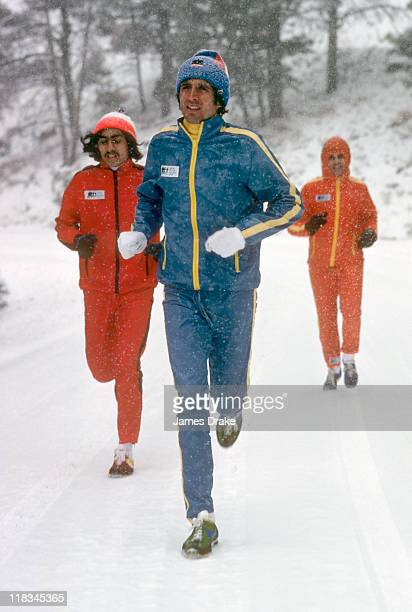 Frank Shorter in action running in snow in Boulder Frank Shorter Running Gear apparel Equipment CREDIT James Drake Issue date 3/31/1977