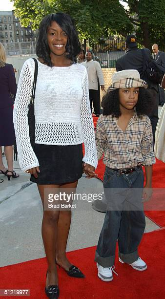 Track Star Diane Dixon arrives at the National Black Sports and Entertainment Hall of Fame at Aaron Davis Hall on August 25 2004 in New York City