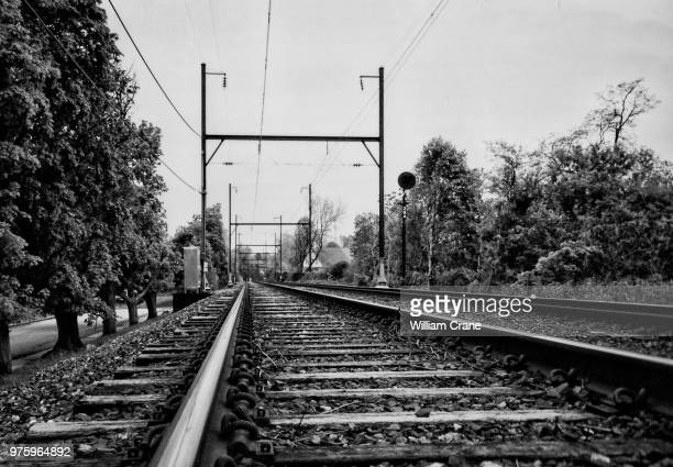 tracks on the chestnut hill west line, phila, pa - semaphore stock pictures, royalty-free photos & images