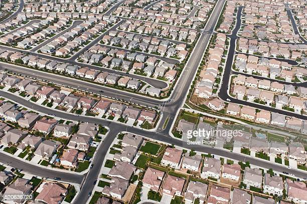tract housing - san bernardino california stock pictures, royalty-free photos & images