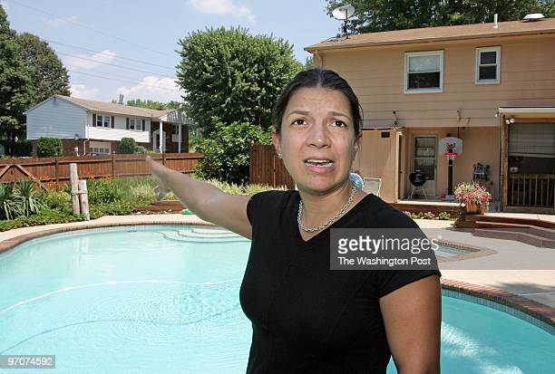 Tracy A Woodward/The Washington Post Delaney Rd Woodbridge VA Virginia Paris and her home which she is trying to sell because she and her family are...
