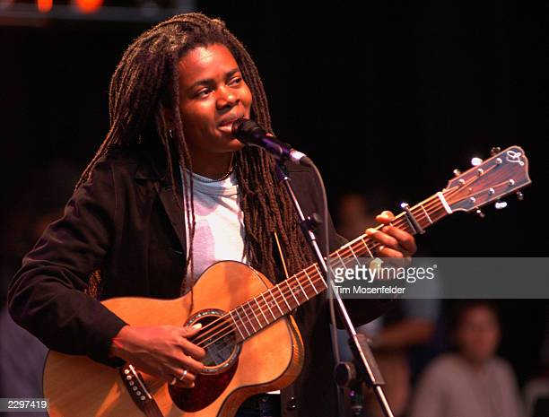 Tracy Chapman Performing at the 15th Annual Bridge Benefit at Shoreline Amphitheater in Mountain View Calif. On October 20th, 2001. Image By: Tim...