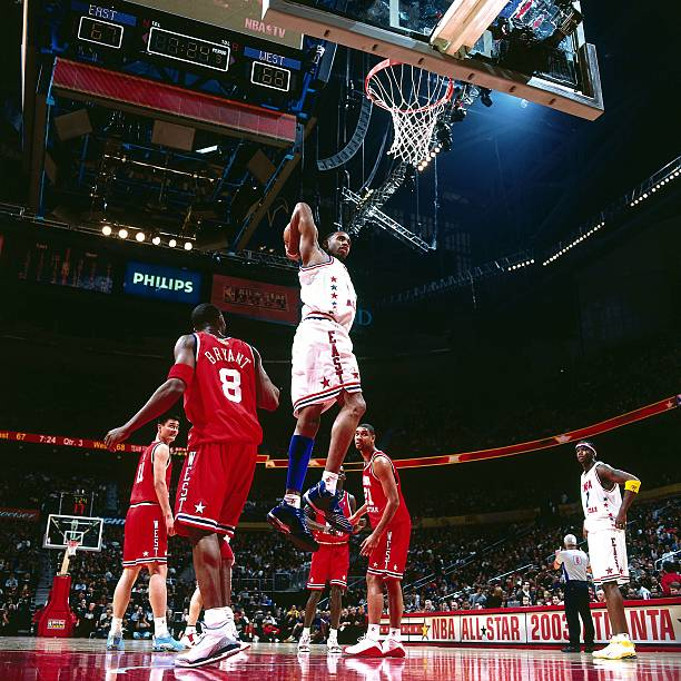 3360c97d6 McGrady goes for a dunk Pictures
