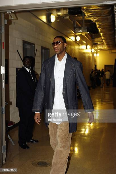 Tracy McGrady of the Houston Rockets arrives at the arena prior to the game against the Los Angeles Lakers at the Toyota Center on March 16 2008 in...