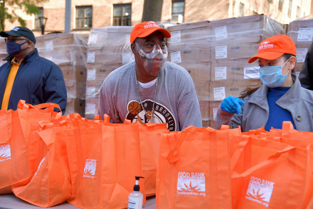 NY: Food Bank For New York City, Tracy Morgan, And Council Member Robert E. Cornegy Jr. Distribute Turkeys To Brooklyn Families In Celebration Of Thanksgiving