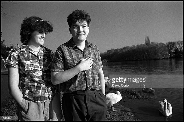 Tracy Thorn and Benn Watt of Everything But The Girl on March 25 1982 by the River Thames in Richmond London England