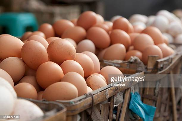 trade in eggs - egg stock pictures, royalty-free photos & images