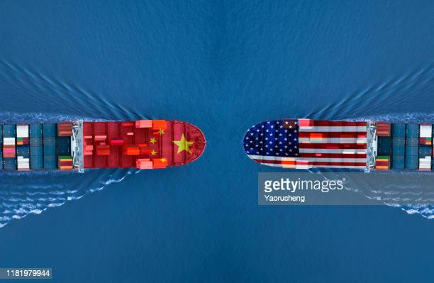 trade war between usa and china - trade war with china stock pictures, royalty-free photos & images